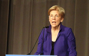 Centrist Democrats Reject Warren's Progressive Push