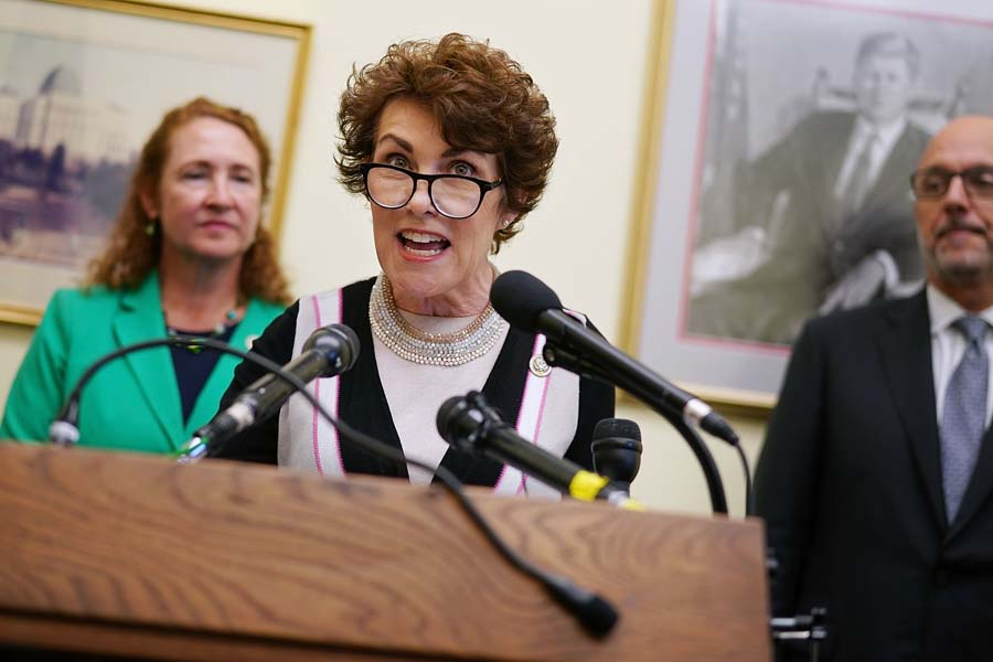 California, Hollywood Liberals to Make Rosen's Closing Argument