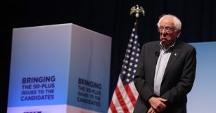 Democrat Debate Preview: Bernie Sanders vs Elizabeth Warren