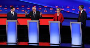 Candidates Risk Forfeiting the Battlefield to the Elizabeth Warren and Joe Biden Show